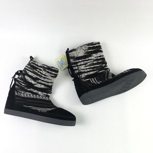 Toms Black Suede Nepal Boot H6614877